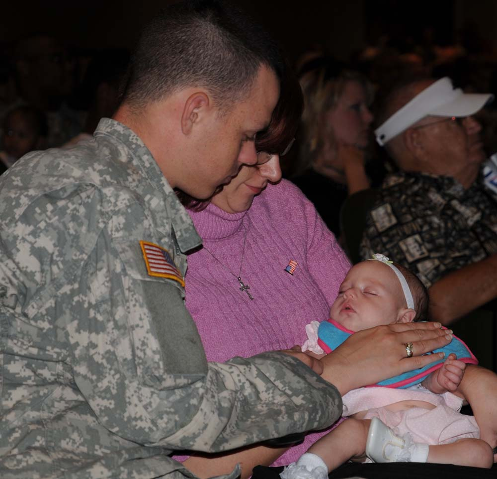 La. Guardsmen depart for year-long deployment