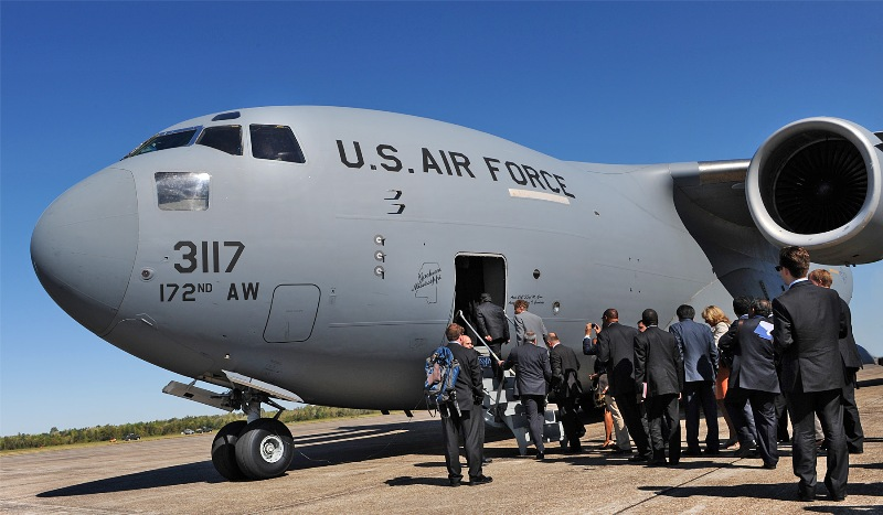 La. Guard gives foreign ambassadors tour over Gulf south