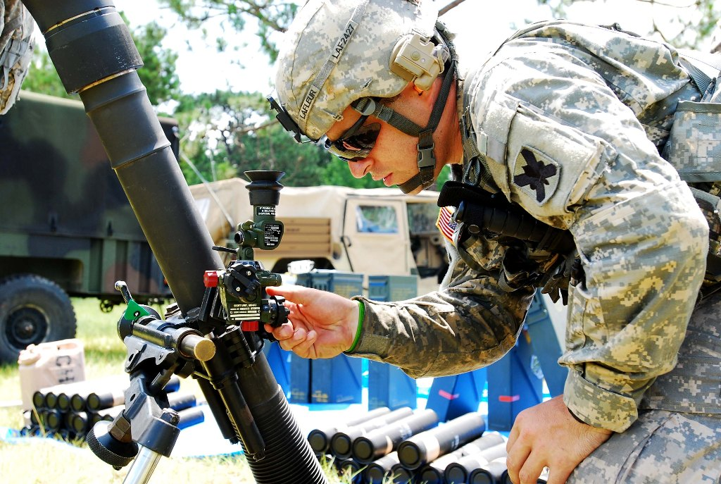 Guard Soldiers train on mortar live-fire