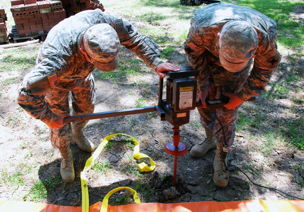 256th Guardsmen continue to assist with flood response